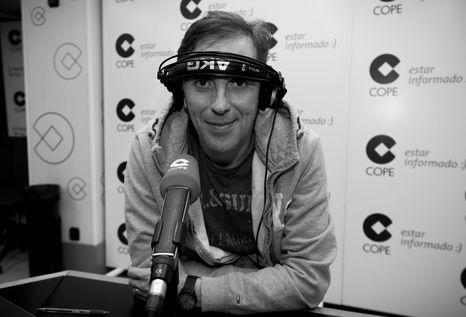 Paco-Gonzalez-delante-microfono-COPE_ECDIMA20150306_0008_16